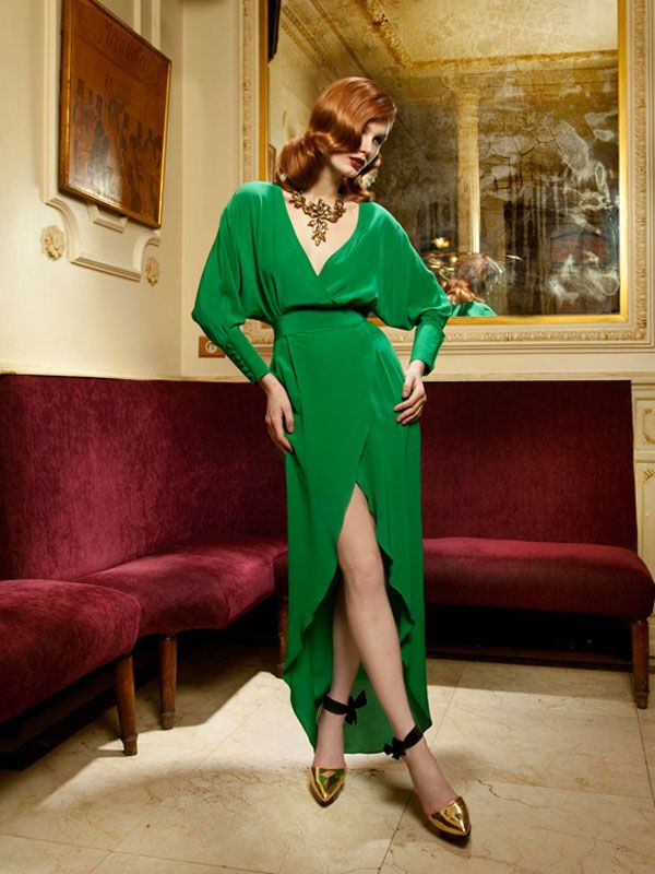 Such a stunning, striking green. The style's sexy and chic and very feminine!