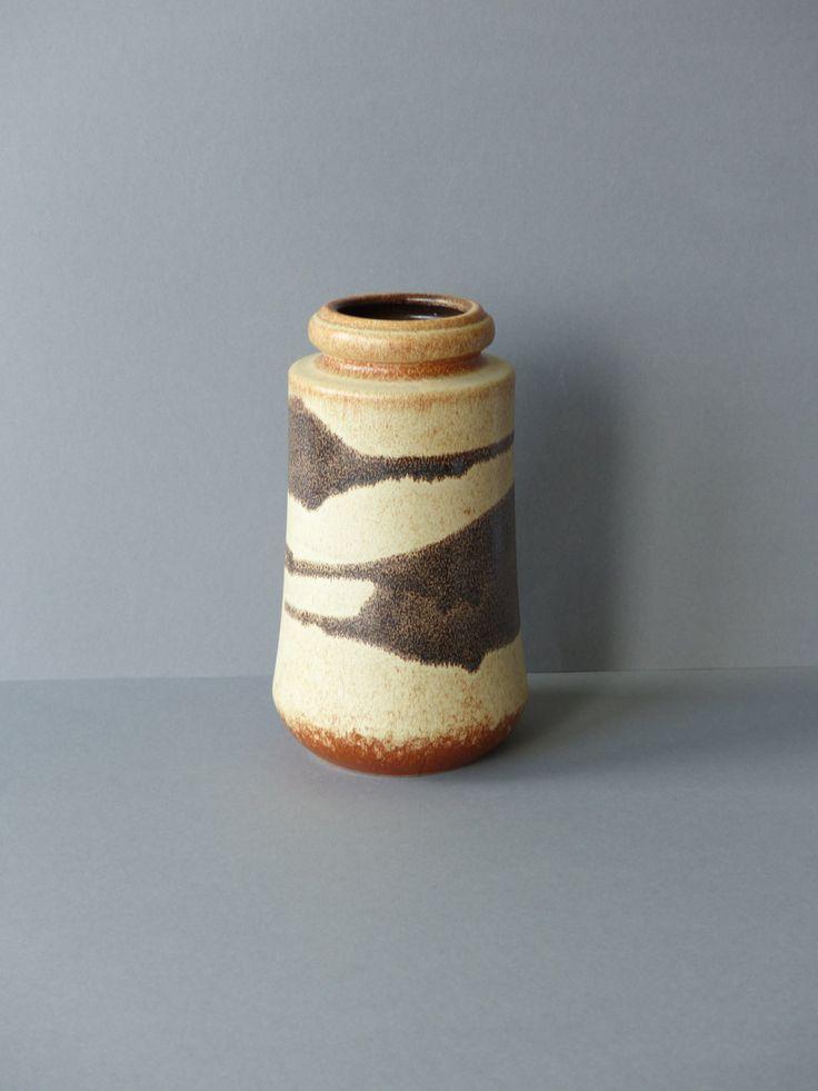 Vaas, Scheurich, West Germany keramiek, WGP, vintage aardewerk, retro, seventies, model 549-21 by PrettyandPreloved on Etsy