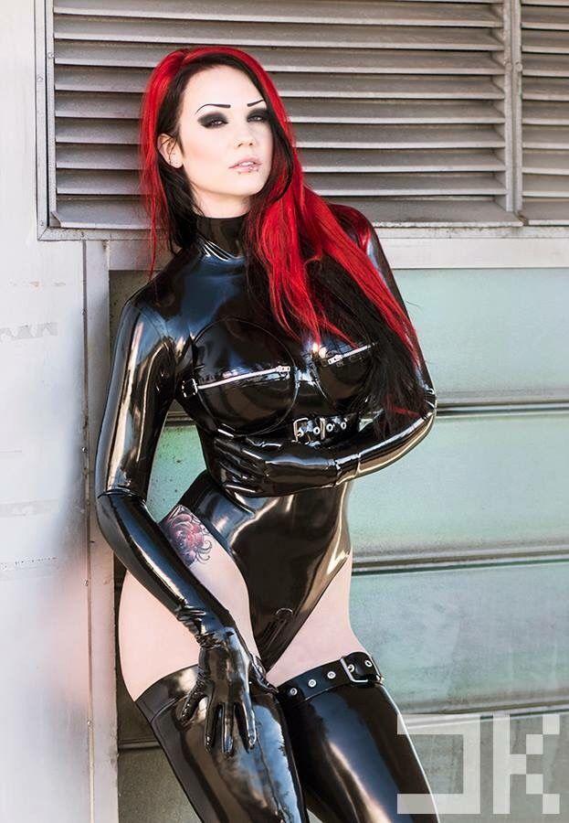 shiny stuff! ✨ Buckle harness and leg straps... - STARFUCKED