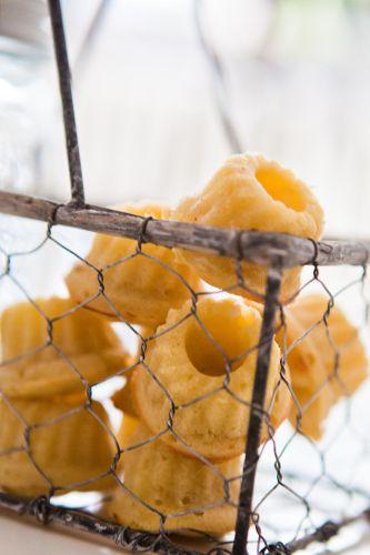 Mini-Gugl with lemon and apple
