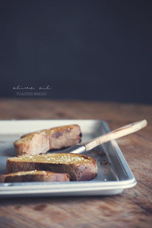 toasted bread | Claudia Ambu Photographer©