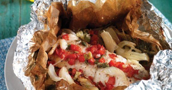 Ψάρι στη λαδόκολλα από την Αργυρώ Μπαρμπαρίγου | Αυτό το ψάρι, εκτός από υγιεινό, είναι και πεντανόστιμο. Βάλτε το στο εβδομαδιάιο πρόγραμμα μαγειρέματος!