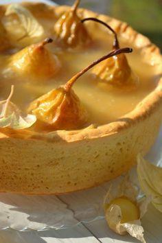 Пирог Груши в хрустале - пошаговый рецепт с фото: Приготовить сироп-маринад для груш. Из апельсина выжать сок, с лимона снять цедру, добавить 200 г сахара. Залить все... - Леди Mail.Ru