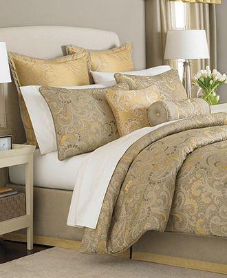 Martha Stewart Collection Bedding, Shangri La 24 Piece Queen Comforter Set    Bed In
