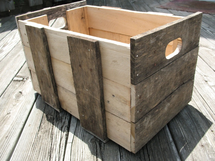Rustic decorative premitive style wooden pallet crate things that make me smile pinterest - Decorative wooden crates ...