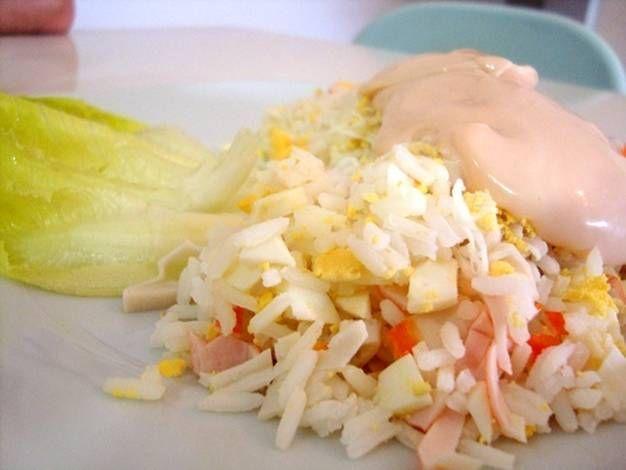 Ensalada de arroz y bocas de mar