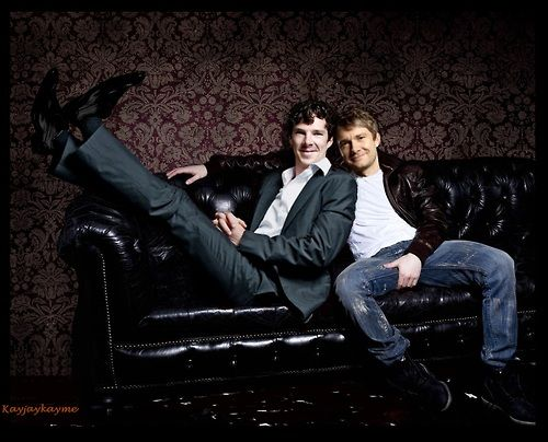Well that's about the cutest thing I've ever seen. - Although,why does it look like Martin is holding his crotch?