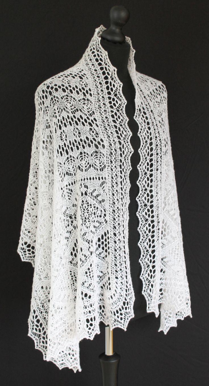 Shetland Lace stole knitted with cobweb merino yarn