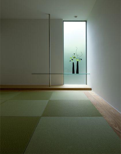 床とまでいかなくても、花や季節の飾り付けができるくらいの場所が欲しい