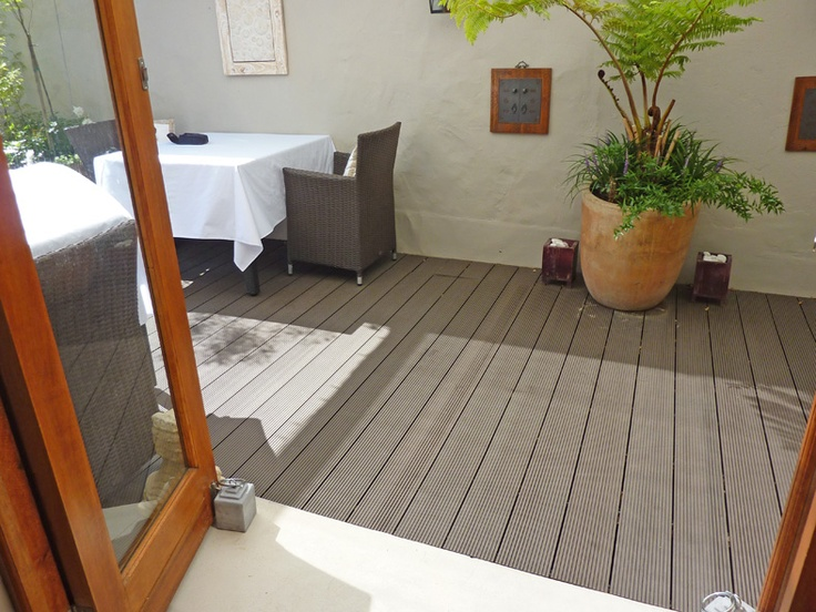 Guest house #deck in Aruna. Green Point Cape Town. http://www.eva-tech.com/en/