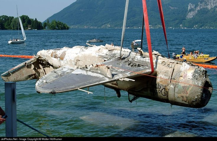70 best images about broken wings on pinterest hawker for Spiegel ice pilots