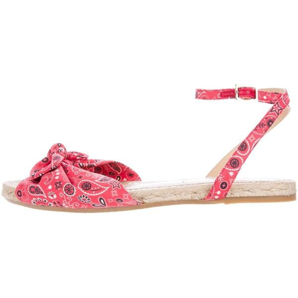 Pre-owned Charlotte Olympia Marina Espadrille Sandals (430 BRL) ❤ liked on Polyvore featuring shoes, sandals, red, red shoes, charlotte olympia, red espadrille shoes, charlotte olympia shoes and braided sandals