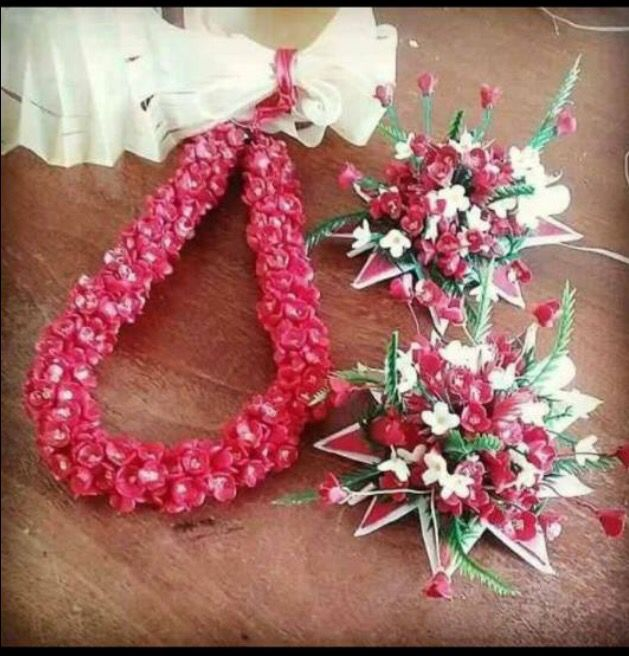 Lei's made out of material that last forever. Perfect for weddings, costumes, luau, costumes, graduations, and all special events! Fiji, Samoa, Tahiti,Hawaii, and Polynesia.