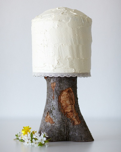 Super super super simple wedding cake on a tree stump cake stand.