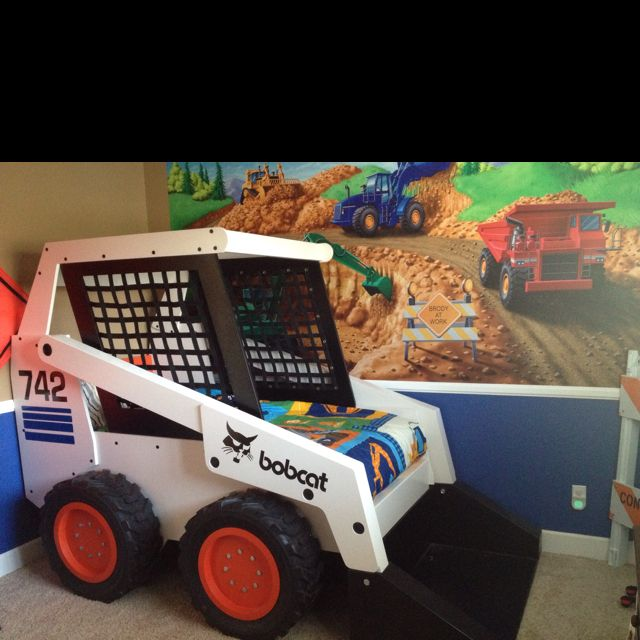 Kids tractor bed. Future reference for awesomeness.