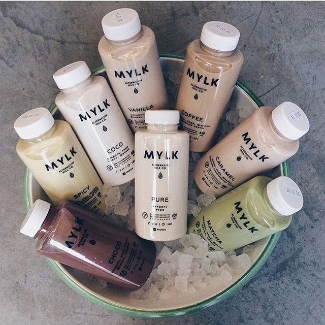 Всем привет👋🏼 Долгожданные трехдневные выходные! Ура🎉 Желаем вам насладиться каждой их минуткой✨ А команда MYLK в полном боевом настрое💪🏼 Мы уже пополнили запасы свежего орехового молока в наших точках продаж, а сегодня вечером приглашаем всех, кто ещё не успел познакомиться с нашей продукцией в магазин фермерской продукции @lavkalavka по адресу: Чаянова, 12📍Начало в 18:00⏰ Приходите, будем рады познакомится, пообщаться, рассказать о наших бутылочках и, конечно же, будем угощать всеми…