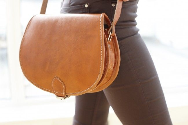 Fes Messenger Bag now in beautiful tan brown colour <3 #moroccan #messengerbag #boho www.be-snazzy.com