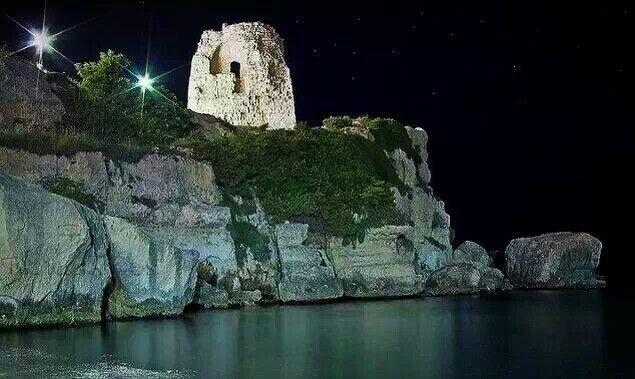 Torre dell'Orso ....torre di avvistamento..