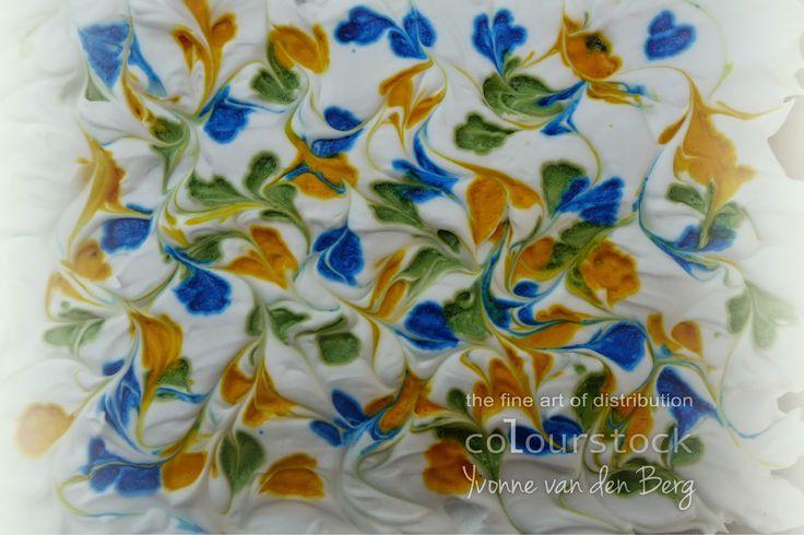 Colourstock: Achtergrondpapier maken met Copic Refills en scheerschuim