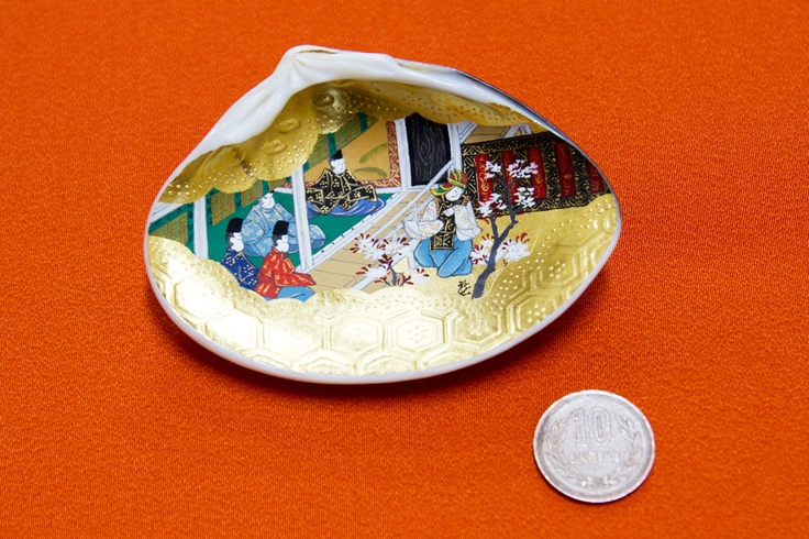 """""""Kai-Awase"""" with 10yen coin which is about 24mm"""