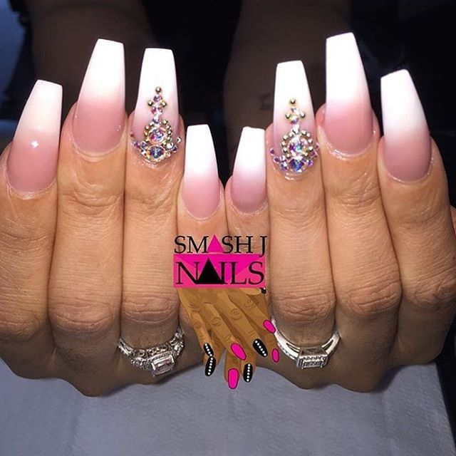 252 best pink and white nails images on pinterest acrylics love this set using whitest white and p3 by nailsbysmash nailcarenailcare prinsesfo Gallery