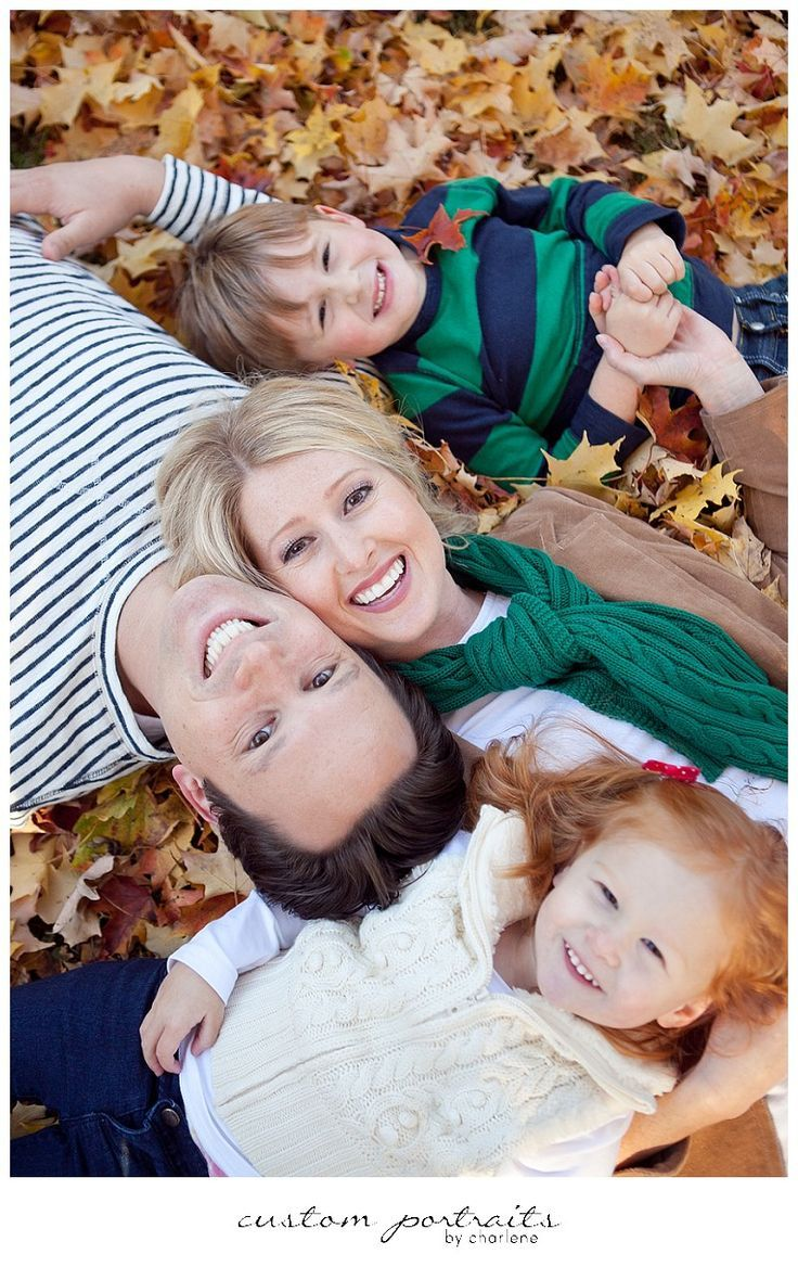 Family Fall Photo Ideas   Totally Love It
