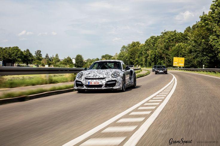 Nadjeżdża nowy... TECHART GTstreet R! 💪  Charakterystyczny zestaw modyfikacji dostępny dla Porsche 911 (997) już wkrótce dostępny będzie również dla generacji (991)!   Potężne wloty powietrza, ogromne spoilery, niesamowite osiągi - my już nie możemy się doczekać  B|   GranSport - Luxury Tuning & Concierge Oficjalny Dealer TECHART w Polsce http://gransport.pl/index.php/techart.html