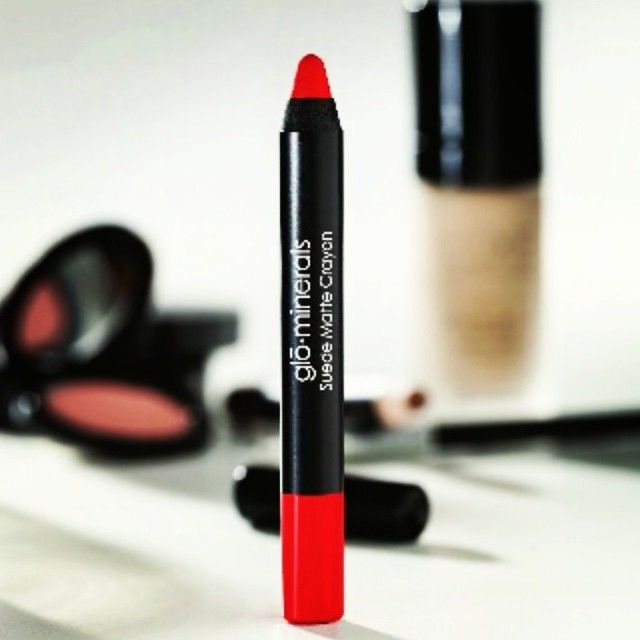 Definition of CRUSH: A burning desire and intense infatuation for something or someone you find extremely irresistible. We are definitely crushing the new Suede Matte Crayon in Crush. #crush #irresistible #suede #suedematte #matte #makeup #glominerals #gloaustralia #lipstick #crayon #sexylips #redlips #velvet #smooth #intense