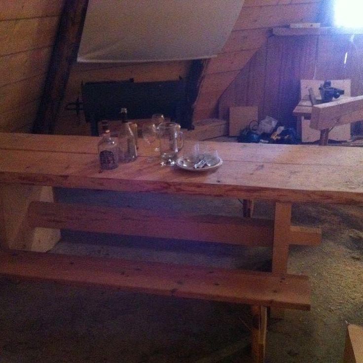 """1 likerklikk, 1 kommentarer – Arild (@a_tuxen) på Instagram: """"#woodenframe #grindbygg #stavbygg #vikings #lavvo Lavvoen i Bø, Vik, Del 9"""""""
