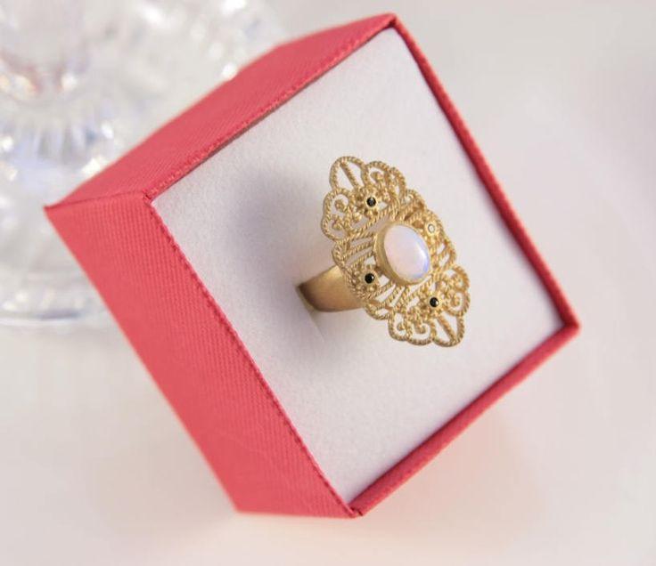 Antique Gold Ring Art Deco Anniversary Ring Gatsby Era Ring