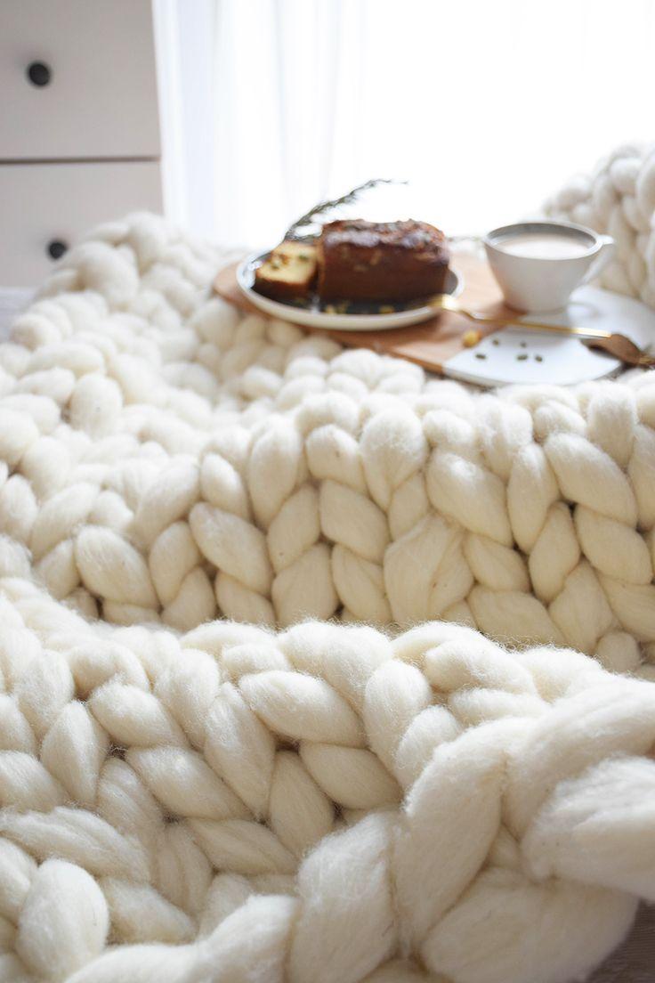 M s de 1000 ideas sobre mantas de punto grueso en for Mantas de lana hechas a mano