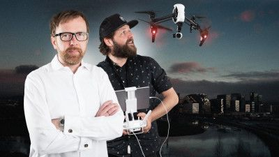 Bloggen NRKbeta er virkelig verdt å følge med på! Nå også som podcast --- Teknologirådgiver i NRK, Eirik Solheim og redaktør i NRKbeta, Marius Arnesen Foto: Kim Erlandsen/NRK