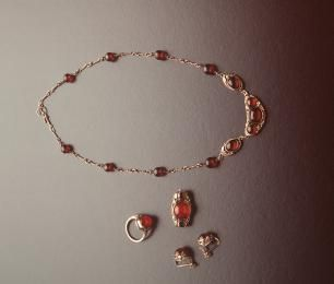 86/978 Necklace & earring set, silver & cherry amber made and designed by Rhoda Wager, Sydney, Australia, 1938 - Powerhouse Museum Collection