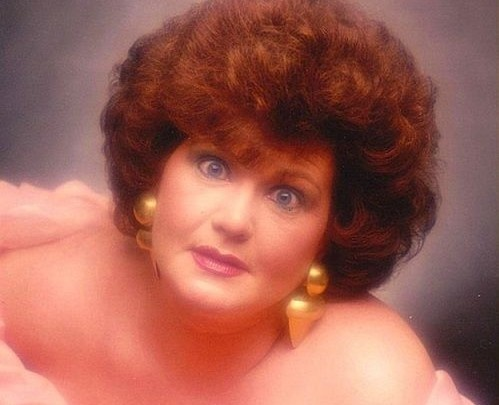 Bad glamour shots gallery...click the link and enjoy the show!