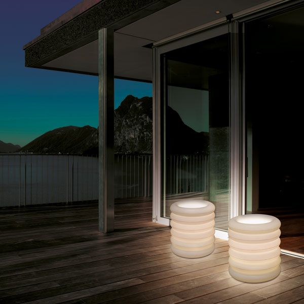 Puff columns - exterior lighting