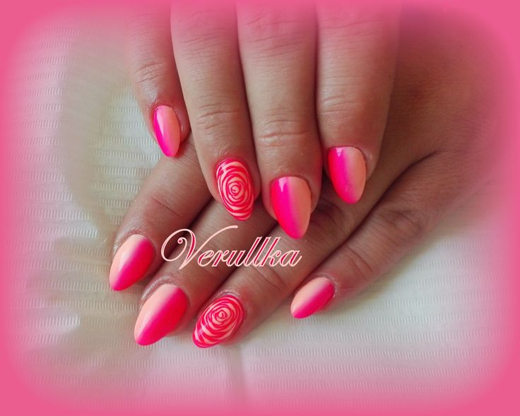 Pink and peach ombré on gel nails with roses