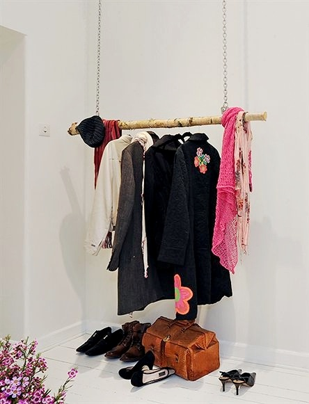 I love these floating closets