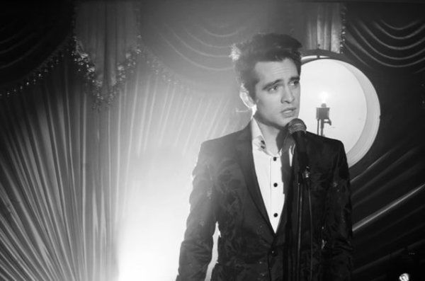 """Fall In Love With Brendon Urie All Over Again: """"Death Of A Bachelor""""; Video Released! 