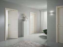 Risultati immagini per porte bianche classiche
