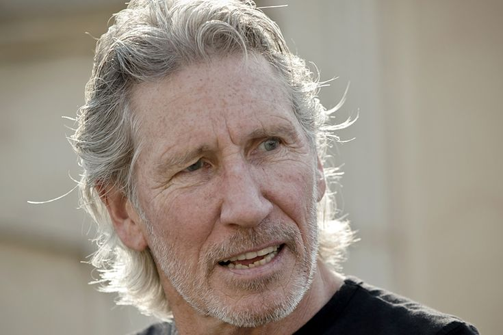 """Roger Waters to Dionne Warwick: """"You are showing yourself to be profoundly ignorant of what has happened in Palestine since 1947"""""""