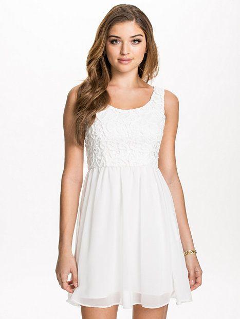 Gardenia Short Dress - Dry Lake - Offwhite - Festklänningar - Kläder - Kvinna - Nelly.com