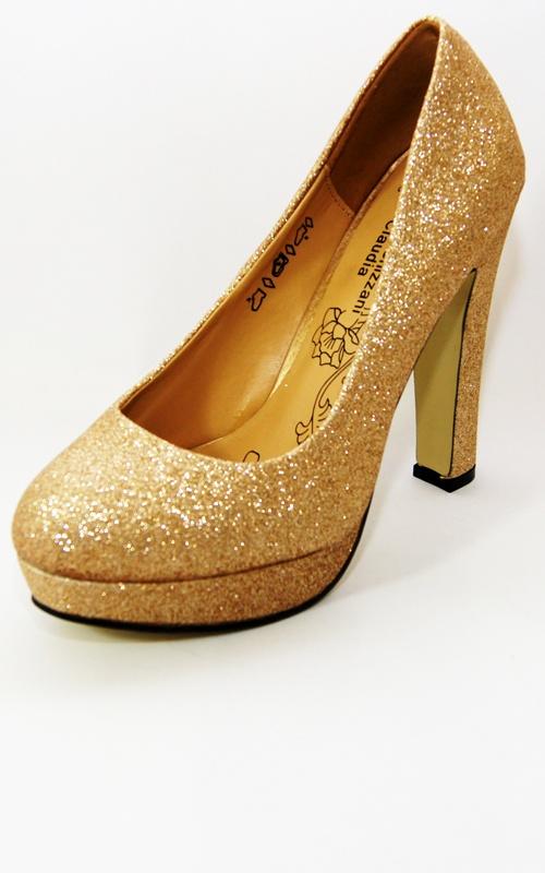 Gold Glitter Sparkle Platform Heels    Price: £12.00 http://www.riskyfashions.com/p/Gold-Glitter-Sparkle-Platform-Heels-_803.html