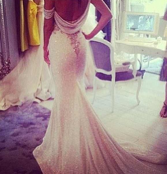 Form Fitting Wedding Gowns: Form Fitting Sequin Wedding Dress