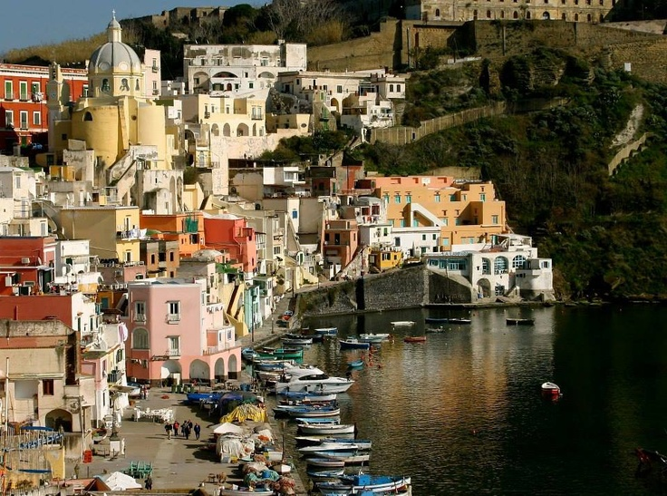 Procida Island, Italy What a marvellous place to visit!!!  www.combobeds.com