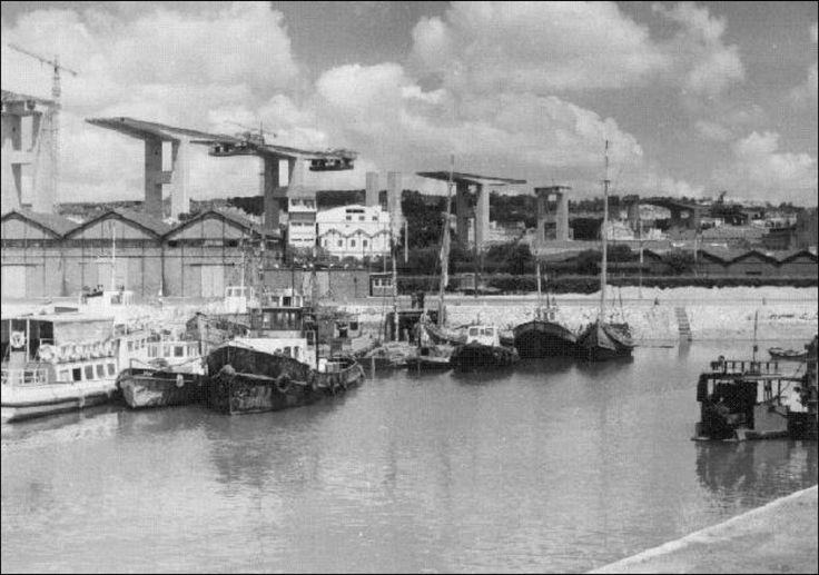 construção da  Ponte 25 de Abril  in Lisboa, Portugal created by Indy Jo