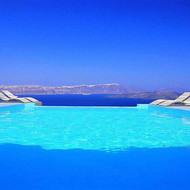 Astarte Suites, Akrotiri in Santorini Greece.  Yes please.: Santorini Greece, Boutiques Hotels, Dreams, Swim Pools, Blue, Islands, Places, Astart Suits, Pools Design