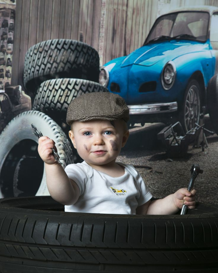 Cute Photo.  Baby Mechanic photoshoot  www.fairfieldparkphotography.com
