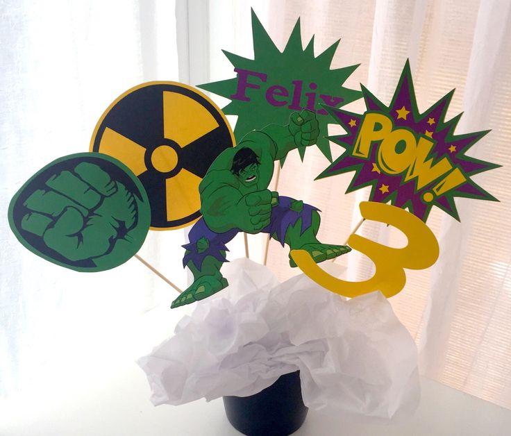 6 pezzo incredibile Hulk centrotavola, centrotavola di supereroe, Hulk compleanno Decor, Topper, supereroe compleanno Decor, compleanno di Hulk, Avengers di LuluBellaCreations su Etsy https://www.etsy.com/it/listing/468836731/6-pezzo-incredibile-hulk-centrotavola