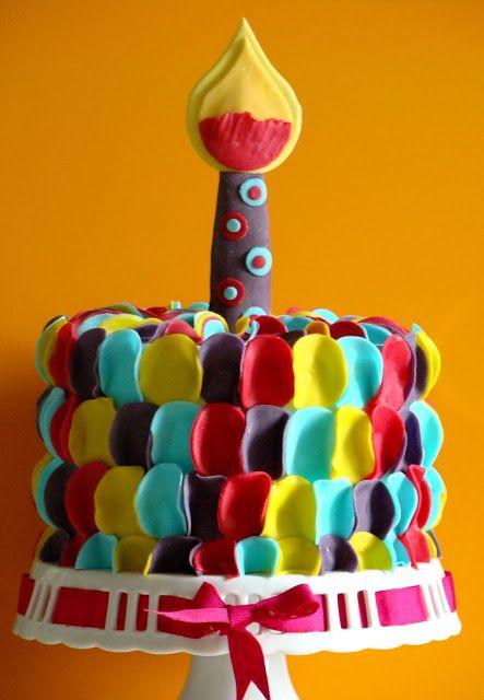 Stella's Κουζινομπερδέματα: Πώς να φτιάξετε μια Πολύχρωμη, Εντυπωσιακή και Εύκολη τούρτα με Ζαχαρόπαστα-The Colourful Fondant Cake