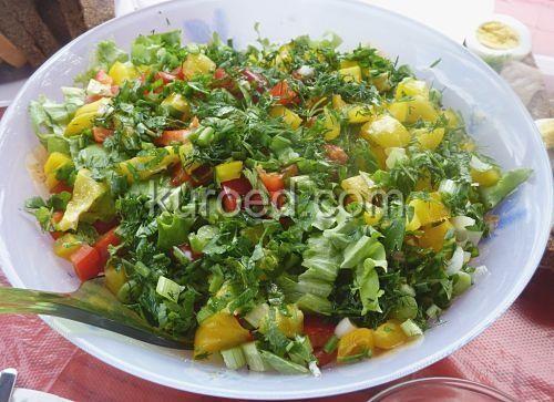 салат Аида из капусты с помидорами и перцем